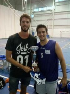 Victor y Mike con la Copa